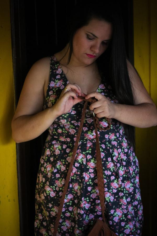 Look do dia com vestido decotado floral - Dica Amiga (2)